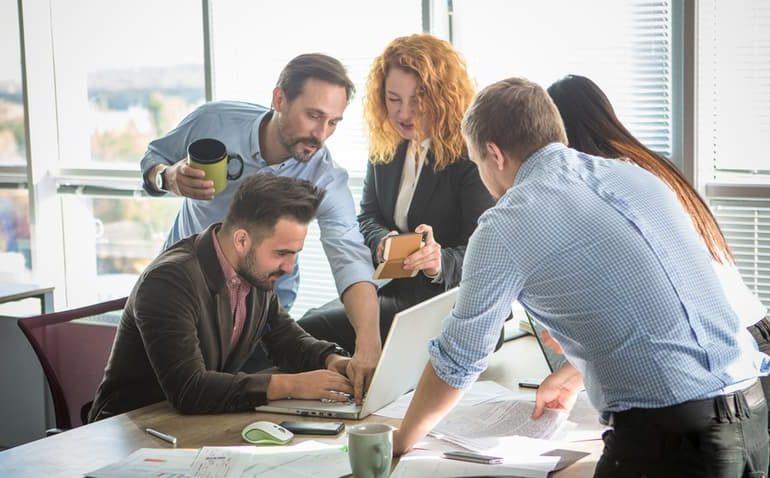 Dinâmica-de-trabalho-em-equipe