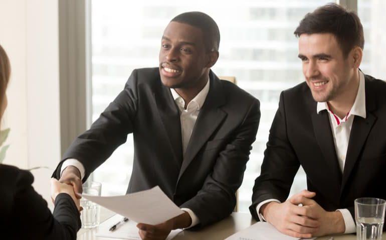 recrutar-funcionários